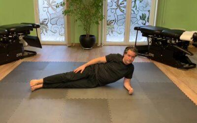 Oldal plank csavarással mozdulat