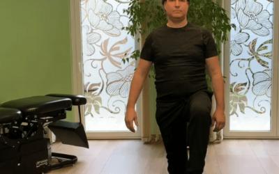 Egy lábon állás instabil felületen mozdulat